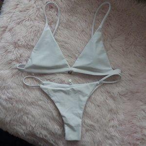 NEW Sexy White Cheeky/Thong Bikini